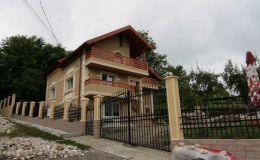 Casa particulara 65